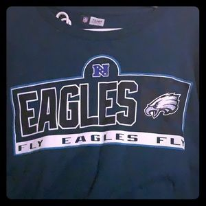 Philadelphia Eagles long sleeve shirt!! 🦅🦅